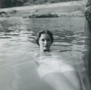 007 Rosalie Calhoun at Greenwich, CT 1952 copy