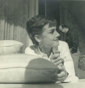 009B Audrey Hepburn 1