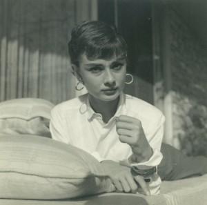 009B Audrey Hepburn 2