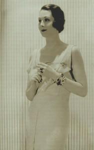 Maxine von Stresenreuter (Aunt)